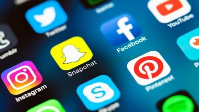 Facebook şi Instagram vor permite utilizatorilor să ascundă contorul de 'Like-urile' pentru mesaje
