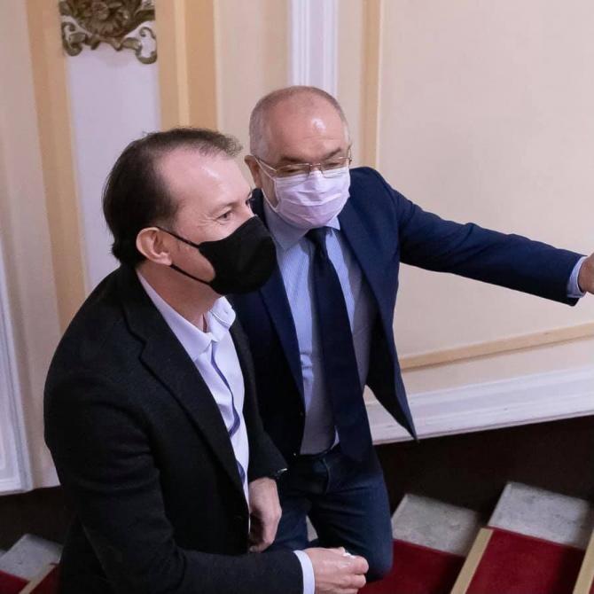foto Facebook Florin Cîțu/ Florin Cîțu - Emil Boc, candidatură Congres PNL