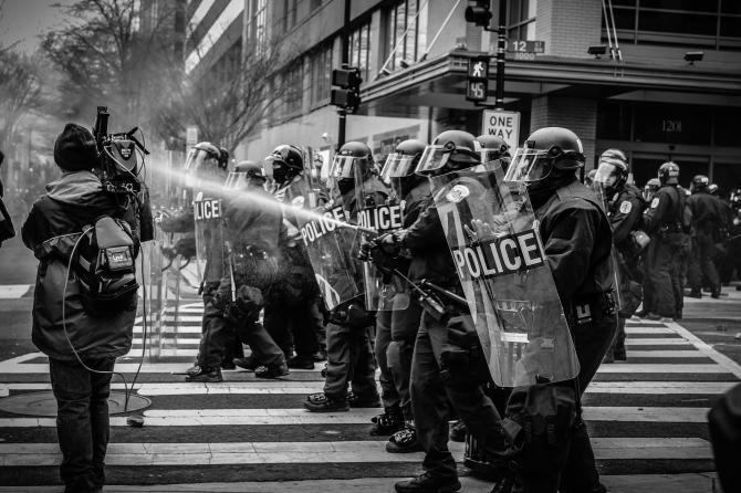 Polițiștii din Franța solicită intervenții militare pentru restabilirea legii și ordinii în Hexagon  /  Sursă foto: Pixbay