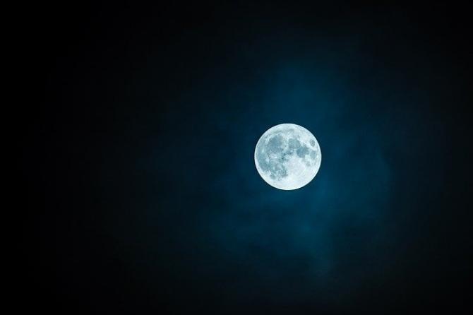 foto pixabay/ Horoscop 26 mai Lună Plină/Eclipsă totală de Lună