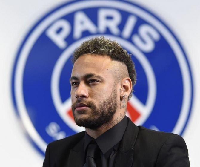 """Nike explică că a """"fost profund deranjată de mărturiile de agresiune sexuală formulate în 2018 de una din angajatele sale la adresa lui Neymar Jr"""""""