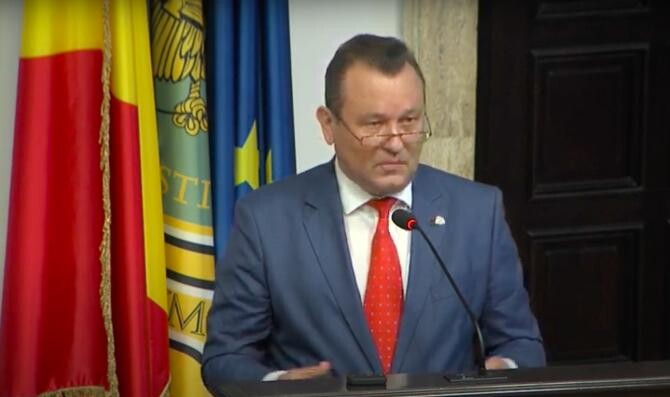 Prof. univ. dr. Nicolae Istudor, la conferința DC Media Group