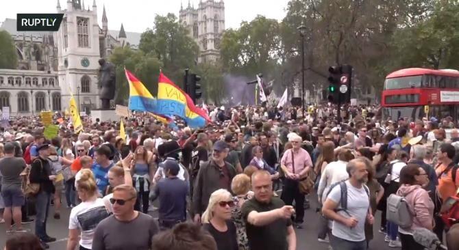 Protest contra restricțiilor la Londra. 'Cel mai mare din toate timpurile' / Captură video Ruptly YouTube