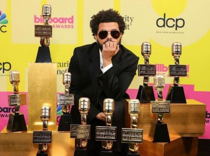 Instagram - The Weeknd / Premii Billboard Music Awards