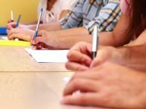 Tot mai puțini absolvenți înscriși la Bacalaureat