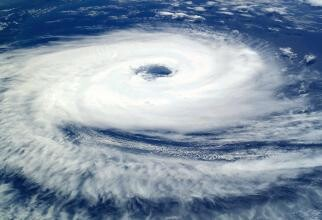 Ciclonul care a lovit România, posibilă BOMBĂ METEO? Elena Mateescu: Cantitatea de energie este uriaşă. Monitorizare continuă până duminică