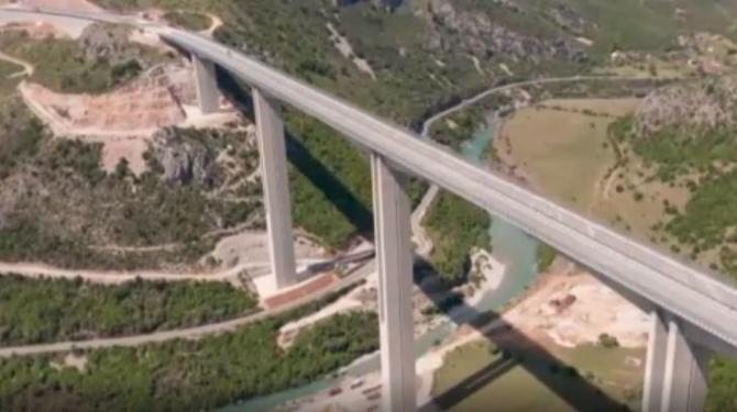 Prețul: 26 de milioane de euro pe kilometru de autostradă construit
