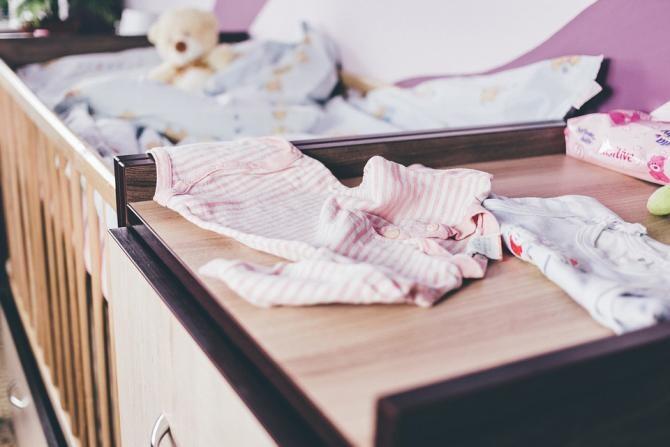 Fetiță de nici 2 ani, găsită moartă într-un apartament din Cernavodă / Foto: Pixabay