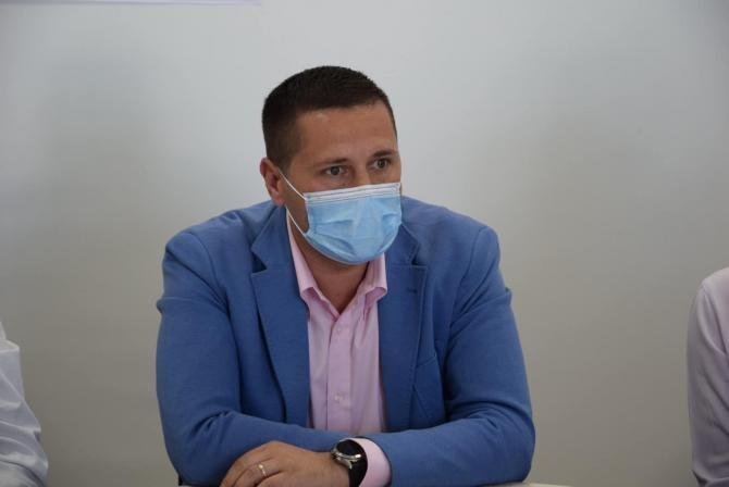 Facebook Corneliu Ştefan