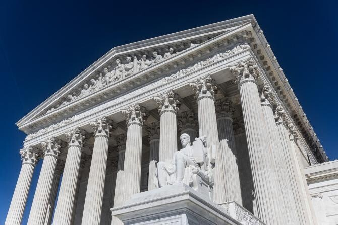 Curtea Supremă a SUA / Imagine de Mark Thomas de la Pixabay