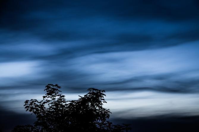 Norii noctilucenți, un fenomen atmosferic rar, au apărut pe cerul României   /   Foto cu caracter ilustrativ: Pixabay