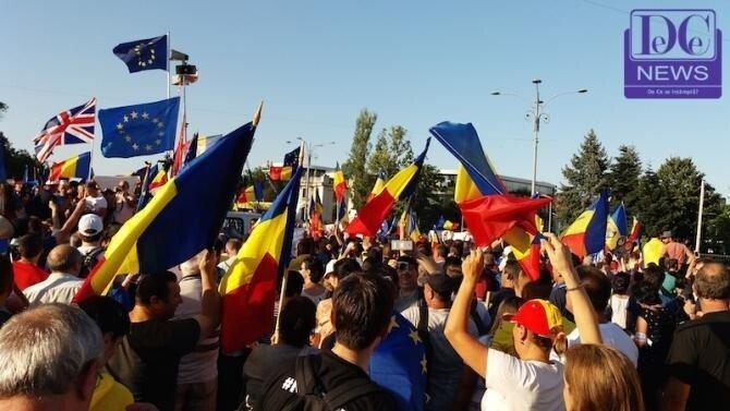"""A început PRIMUL PROTEST #Rezist, """"care se vede din avion"""" împotriva Guvernului Cîțu"""