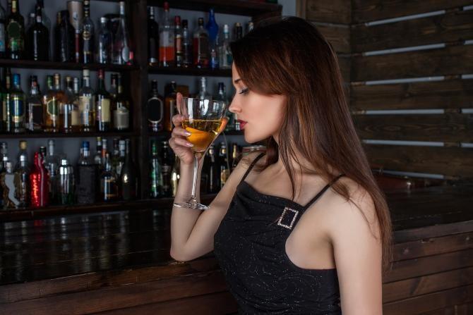 OMS cere interzicerea consumului de alcool pentru femeile aflate în perioada reproductivă / Foto: Pixabay