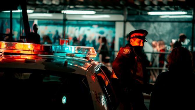 Polițist din Constanța, arestat după ce a bătut crunt un bărbat / Foto: Pixabay