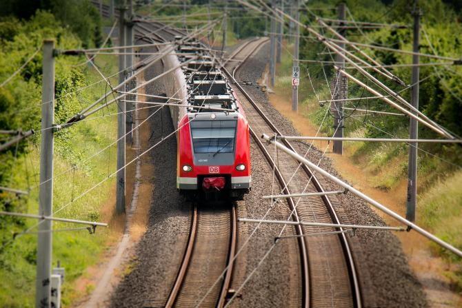 Polonia vrea trenuri cu viteză de 550 km/h. Se construiește prima pistă de probe pentru Magrail  /  Foto cu caracter ilustrativ: Pixabay