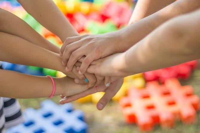 Părinții trebuie să își dea acordul pentru educația sexuală în școli. Coaliția de guvernare nu a votat proiectul trimis de Klaus Iohannis   /  Foto cu caracter ilustrativ: Pixabay