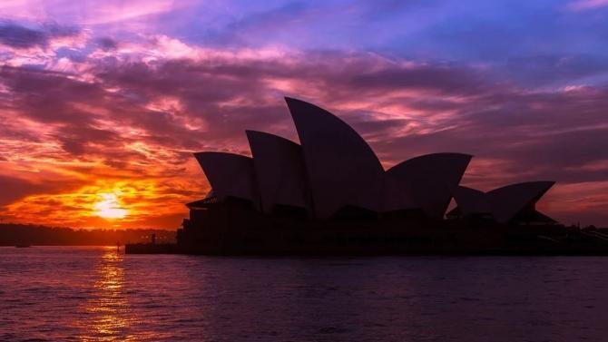 Pixabay / Noi focare de COVID apar în Australia