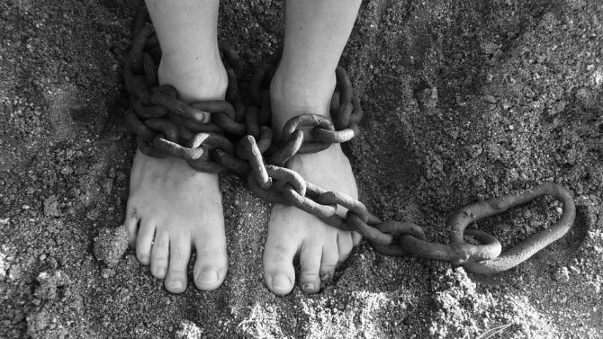 Pixabay / Ucideri în serie de străini în Cipru. 15 polițiști vor scăpa de urmărirea penală
