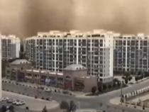 Un oraș din China a fost acoperit de nisip în doar câteva minute    /   Sursă foto: Captură YouTube