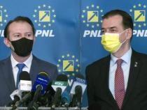 foto Facebook Ludovic Orban/ Orban - Cîțu, contre pe vaccinarea anti-COVID