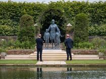 Prinții William și Harry, din nou împreună. Au dezvelit statuia Prințesei Diana / Foto: Facebook The Royal Familly