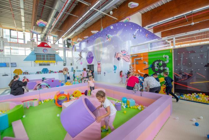 5. -imagine fara descriere- (05-energy-kids-family-center--cel-mai-mare-spatiu-de-joaca-interior-din-romania--ofera-distractie-nelimitata-in-iulius-town-timisoara_08919700.jpg)