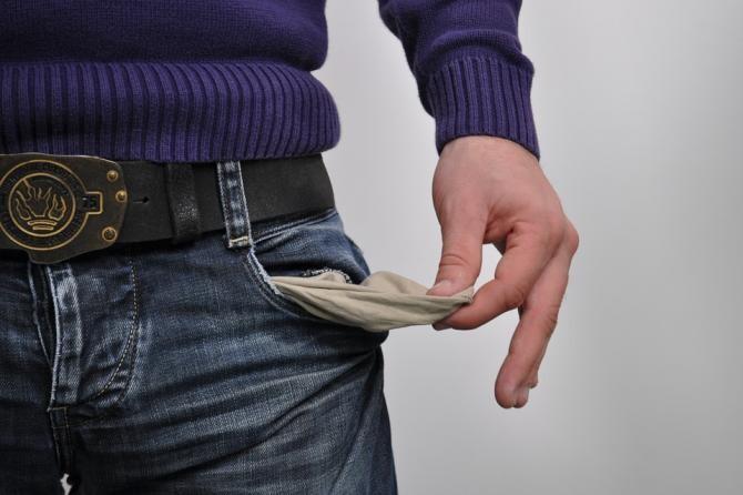 Câte pensii minime ar acoperi datoria publică. Adrian Câciu: Fiecare român este mai dator acum cu 1.700 de euro / Foto: Pixabay