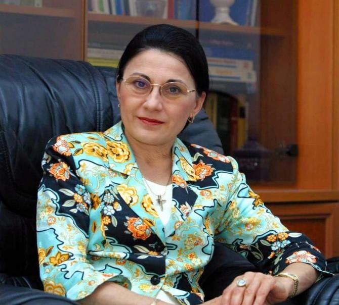 Facebook Ecaterina Andronescu