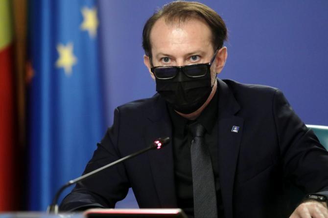 Florin Cîţu îşi va prelua, vineri seară, atribuţiile de ministru interimar al Finanţelor după ce l-a demis pe Nazare