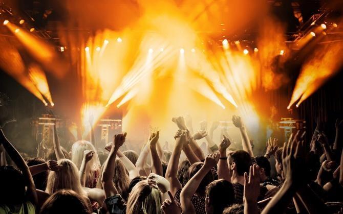 Focar de COVID după un festival de muzică. Aproximativ 1.000 de persoane s-au infectat / Foto: Pixabay