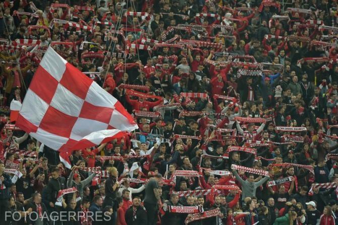 Jucătorii lui Dinamo acuză suporterii din DDB: Oare voi ce aţi face dacă aţi fi în locul nostru?