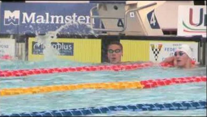David Popovici devine un fenomen al natației. O nouă medalie de aur, la Europenele de juniori / Video Captură video phlo YouTube