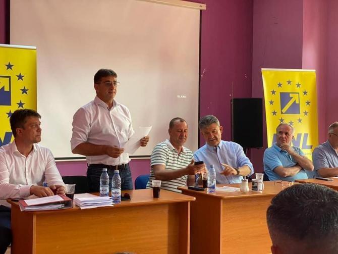 Alegeri PNL Alba Iulia / Foto: Facebook Marius Hațegan
