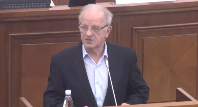 Prima ședință a noului Parlament al Republicii Moldova. Va fi prezidată de un deputat de 81 de ani    /   Sursă foto: Captură Youtube Parlamentul Republicii Moldova