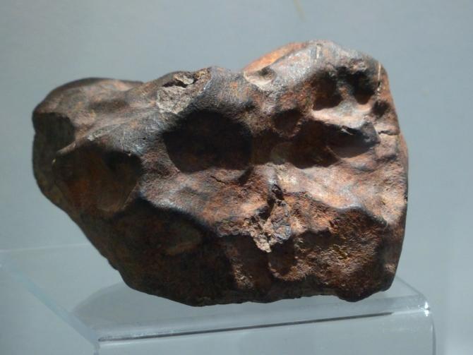 O rocă misterioasă de pe un câmp s-a dovedit a fi un meteorit extrem de rar, vechi de 4,6 miliarde de ani  / Foto cu caracter ilustrativ: Pixabay