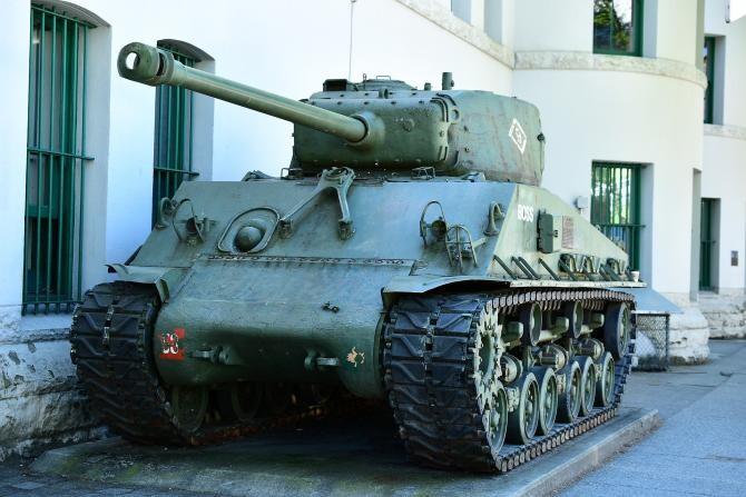 Un pensionar a ținut în pivniță un tanc din cel de-al Doilea Război Mondial / Foto cu caracter ilustrativ: Pixabay