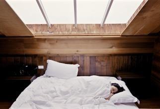 Cum să te trezești mai ușor dimineața. Sfaturi de la un expert în somn
