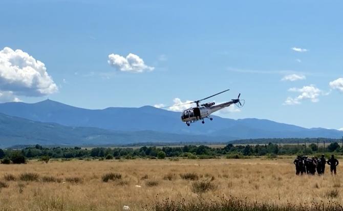 Trupele speciale au băgat spaima în mai mulți locuitori. Operațiune spectaculoasă în Bihor  /  Sursă foto: Captură Facebook