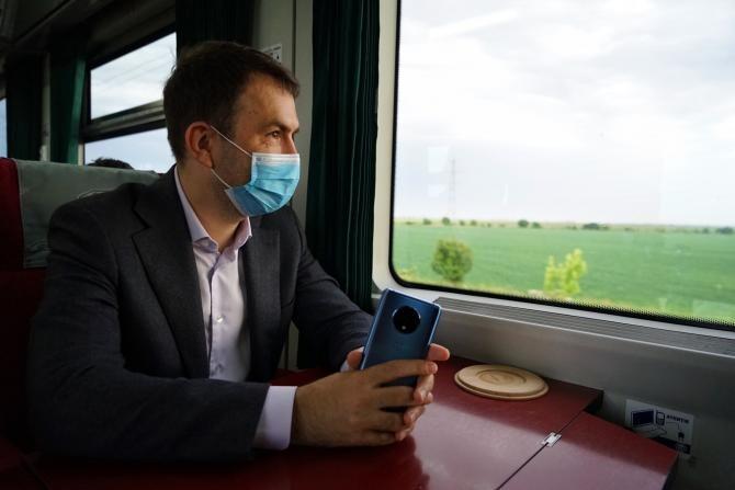 Operatorii feroviari privați resping acuzațiile privind nerespectarea regulilor de siguranță lansate de Drulă / Foto Facebook Cătălin Drulă