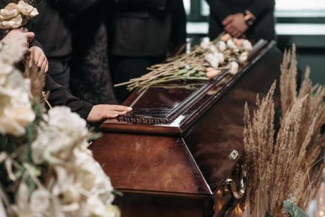 """Anunț de la """"Babeș"""": tulpina Delta a ucis doi tineri cu vârsta de 30 de ani, care NU aveau factori de risc sau comorbidități"""
