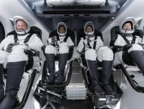 """Primul echipaj civil din istoria Space X a avut parte de """"provocări"""" cu toaleta. """"Nu este o dram de intimitate"""" / Foto: Facebook Space X"""