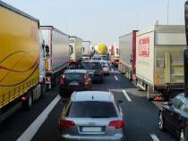 Proteste în Arad și Oradea. Sute de transportatori au scos camioanele în stradă / Foto: Pixabay