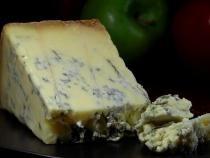 Sortimentul de brânză preferat, în funcţie de zodia ta! BONUS: recomandări de reţete uşoare pentru un plus de savoare!