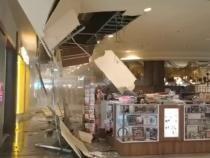 Tavanul unui mall din Cluj s-a prăbușit / Foto: captură video Știri de Cluj