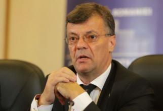 Florin Cîţu nu credea că valul 4 putea veni în România. Tudor Barbu: Nu ai voie. E nivel de tsunami!