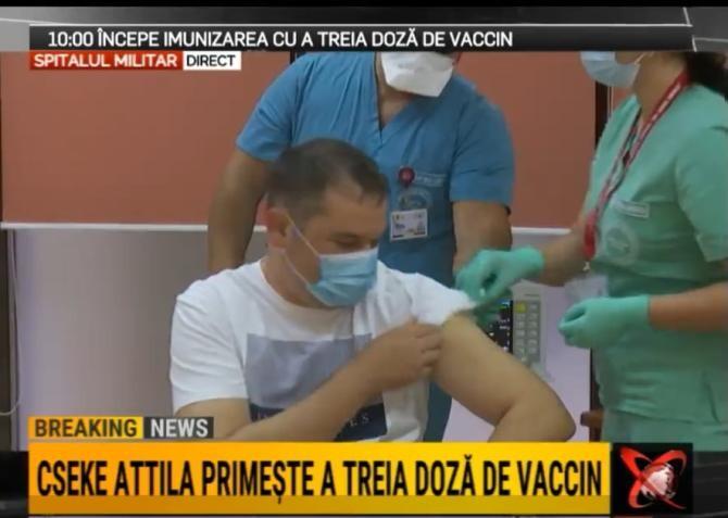 Cseke Attila și Kelemen Hunor au primit a treia doză de vaccin Covid-19 / Foto: Captură video Realitatea Plus
