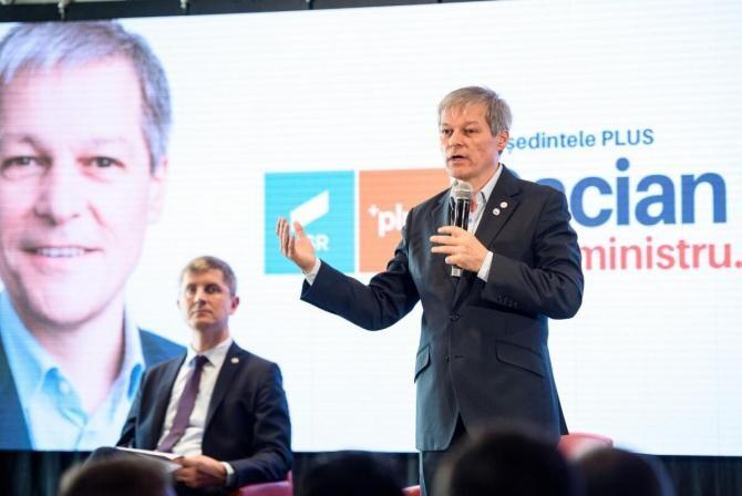 Cioloș: Vreau să realizăm fuziunea de facto, să nu fie unii membri excluși pentru delict de opinie  /  Foto: Facebook Dacian Cioloș