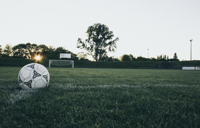 După ce a stat în comă 39 de ani, fotbalistul Jean-Pierre Adams a murit / Foto: Pixabay