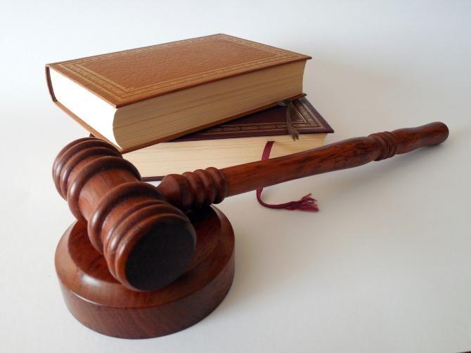 Fiul unei angajate de la Judecătoria Bârlad, 14 ani de închisoare pentru că a tras cu pistolul într-un rival / Foto: Pixabay
