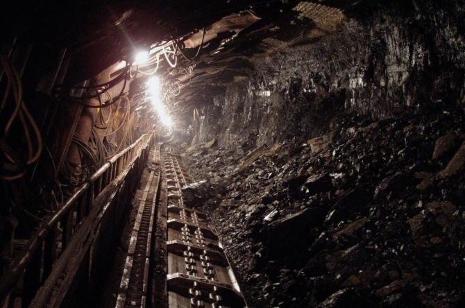Zeci de mineri, BLOCAȚI în subteran după un incident, în Canada / Foto: Pixabay